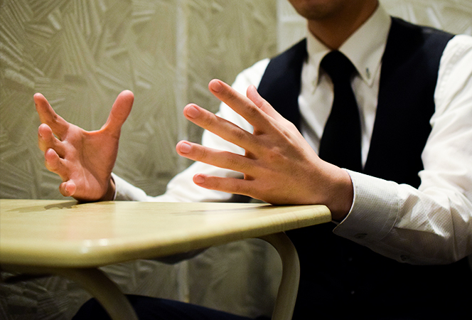 """人との会話で大切なのは、""""本音""""。25歳副店長の、現在地"""